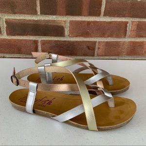 Blowfish thong flip flop strap flat heel sandals
